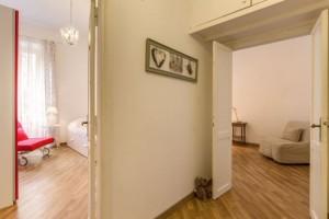 Corridoio-con-particolare-delle-stanze-Navona-e-Fonta-di-Trevi